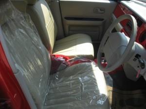 RASHEEN ACTIVE-RED 運転席